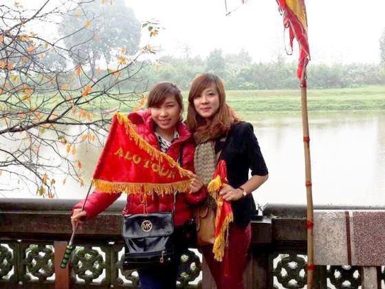 cờ cầm tay du lịch