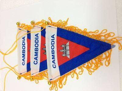cờ lưu niệm tam giác