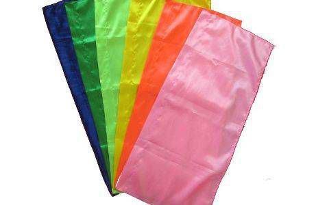 cờ phướn nhiều màu 1