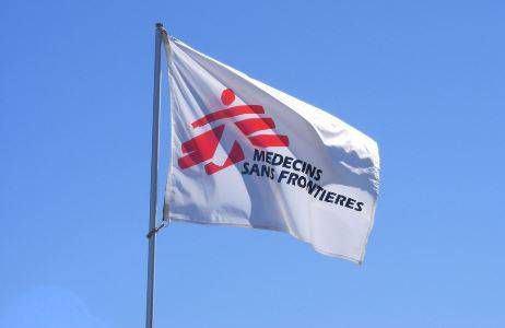 cờ treo logo công ty