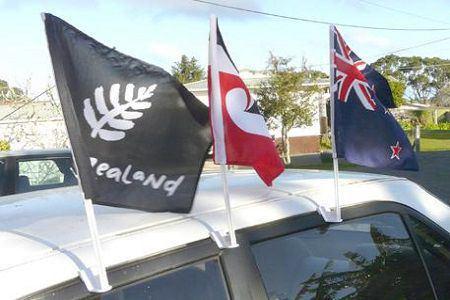 cờ treo xe